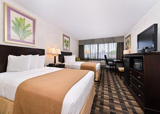 Photo of Quality Inn & Suites Montebello