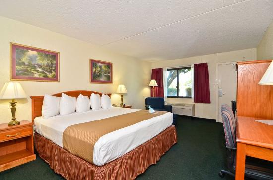 Photo of Best Western Crossroads Inn DeFuniak Springs