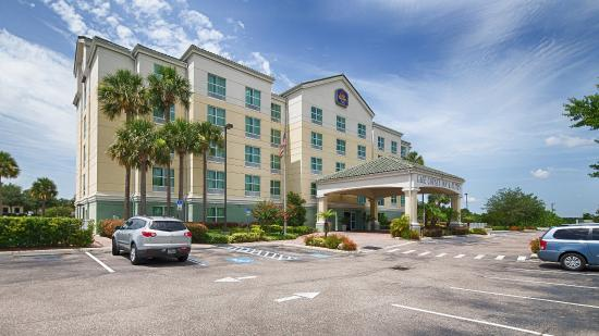 Photo of BEST WESTERN PLUS Lake County Inn & Suites Tavares