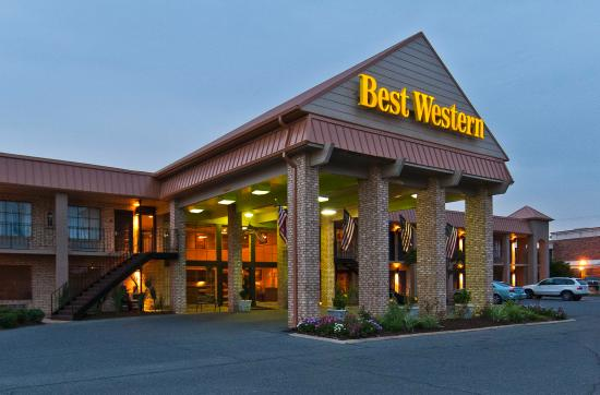 ‪BEST WESTERN of Alexandria Inn & Suites & Conference Center‬