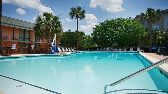 Photo of BEST WESTERN Sweetgrass Inn Charleston
