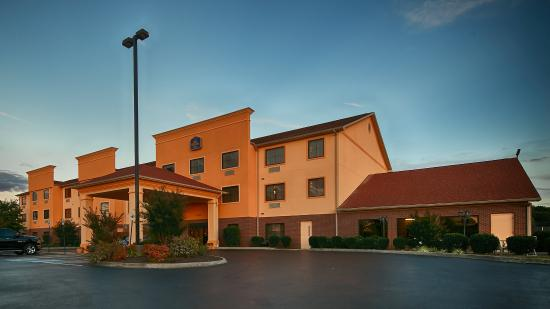 BEST WESTERN PLUS Strawberry Inn & Suites
