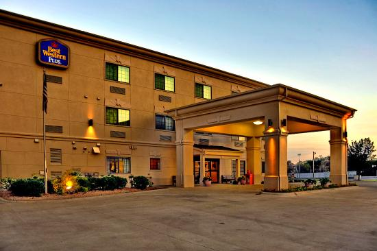 Photo of BEST WESTERN PLUS Red River Inn Clarendon