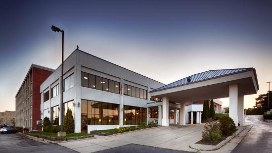 Photo of BEST WESTERN Harborside Inn & Kenosha Conference Center