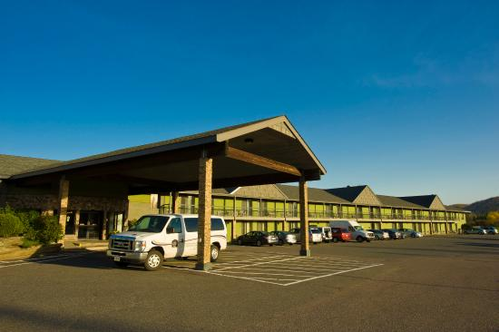 Photo of BEST WESTERN PLUS Nor'Wester Hotel & Conference Centre Thunder Bay