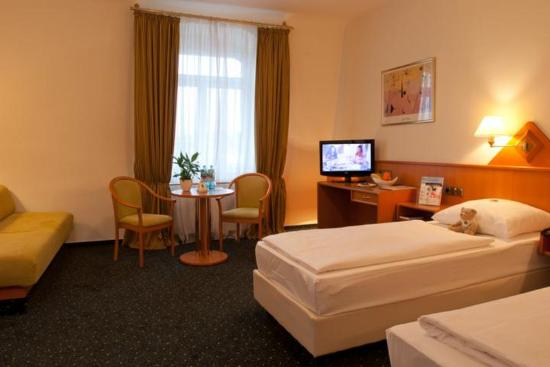 Photo of BEST WESTERN Hotel Hansa Wiesbaden