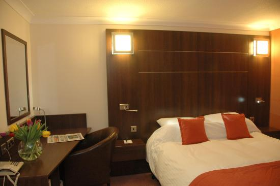 Ramada Leicester Stage