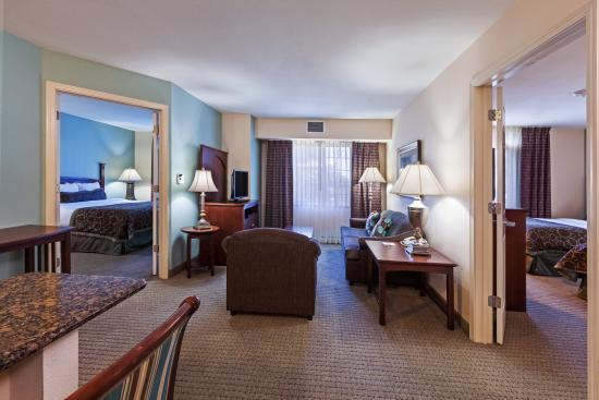 2 Bedroom Suite With 2 Seperate Bathrooms And Living Area Picture Of Staybridge Suites San