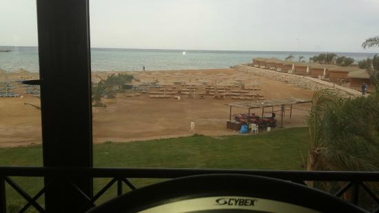 Stella Makadi Resort & Spa: View from the treadmill in the gym
