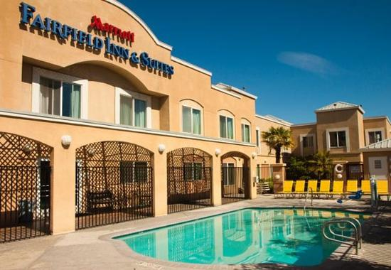Fairfield Inn & Suites by Marriott Modesto Hotel
