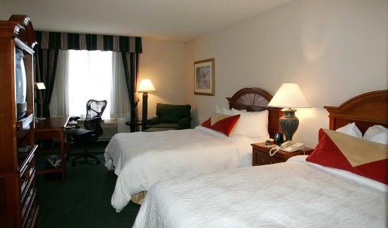 Hilton Garden Inn Hoffman Estates: Double Bedded Room