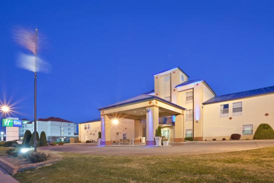 Photo of Holiday Inn Express Dodge City