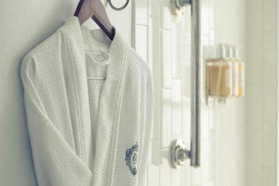 The Culver Hotel: Bathrobe in all rooms