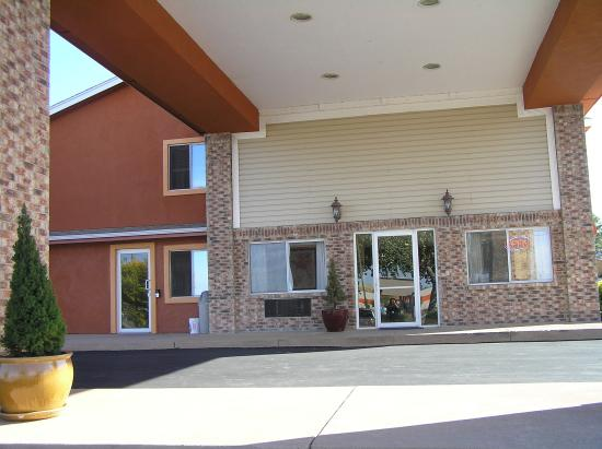 Photo of Los Lunas Inn & Suites