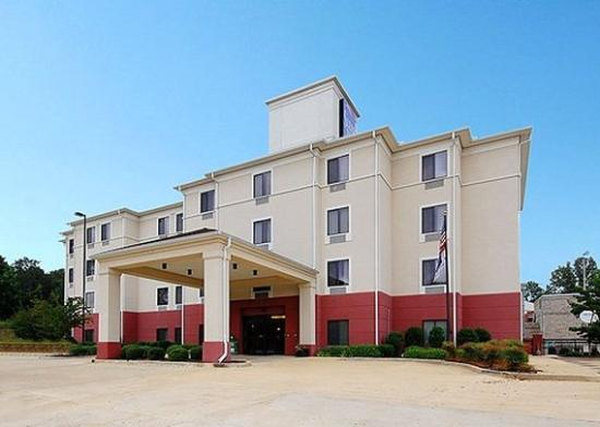 Photo of Sleep Inn & Suites Tupelo