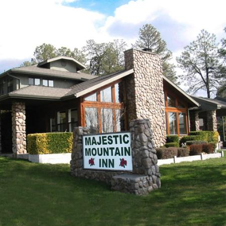 ‪Majestic Mountain Inn‬