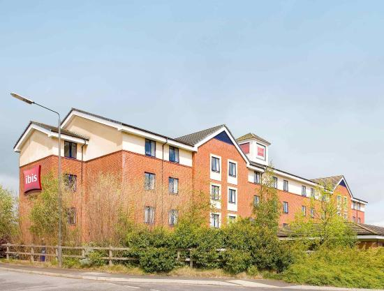 Ibis Chesterfield North