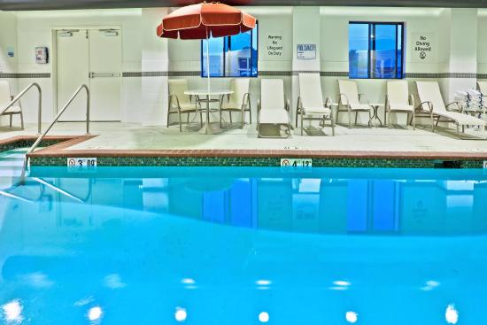 Holiday Inn Express Hotel & Suites Bartlesville
