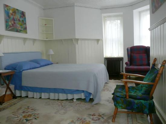 Photo of Fort Place Bed & Breakfast Staten Island