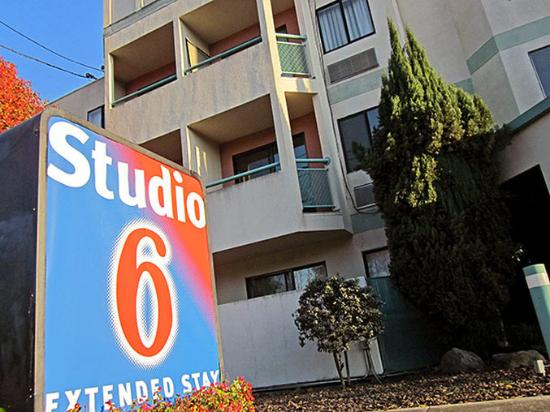 Photo of Studio 6 Concord