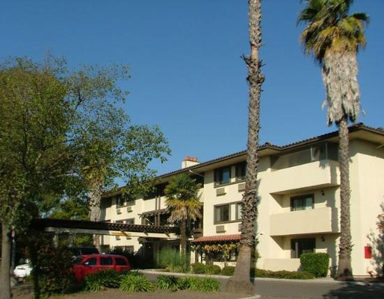 Photo of Vagabond Inn Santa Rosa
