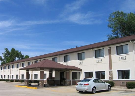 Photo of Quality Inn of Forsyth