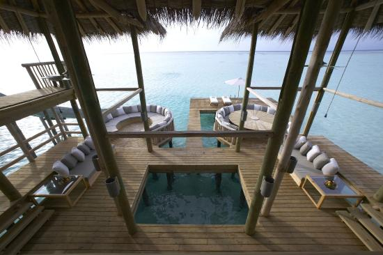 Gili Lankanfushi Maldives: Private Reserve - Entertaining Area