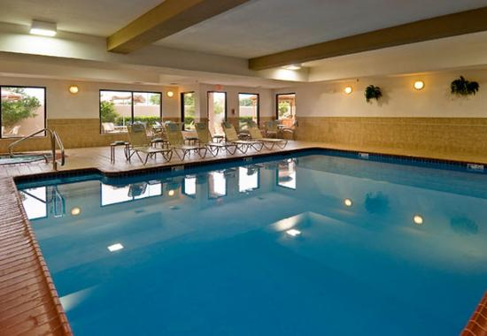 Indoor pool for Hotels in dallas with indoor pools