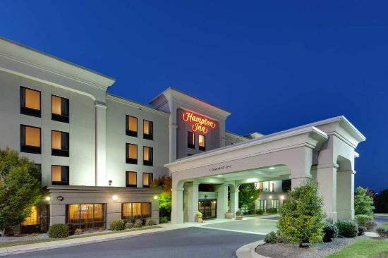 Photo of Hampton Inn Waynesboro / Stuarts Draft Fishersville