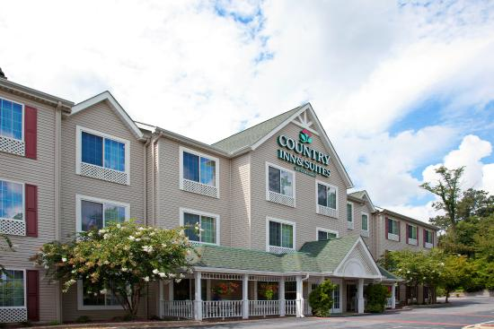 Country Inn & Suites Asheville at Biltmore Square