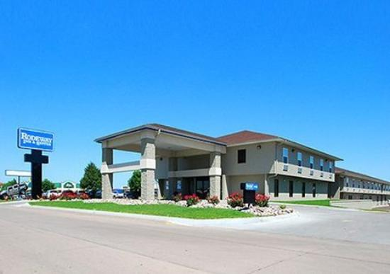 Photo of Rodeway Inn & Suites Kearney