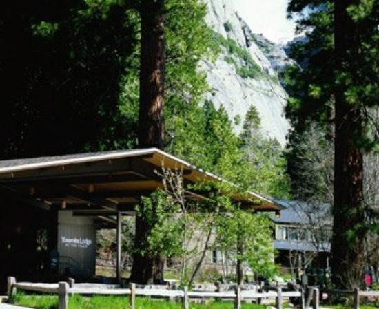 Yosemite Lodge At The Falls