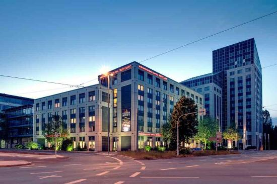 Photo of Woehrdersee Hotel Mercure Nuernberg City Nuremberg