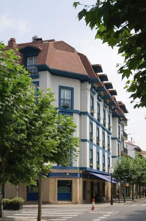 Photo of Hotel Jauregui Hondarribia