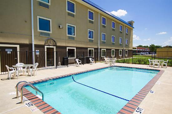 Photo of BEST WESTERN PLUS University Inn & Suites Wichita Falls