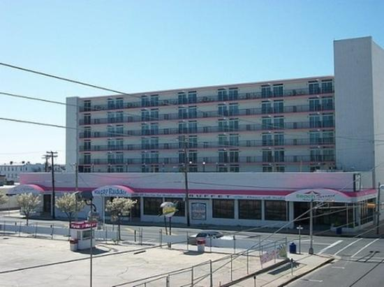 Photo of Beach Terrace Motor Inn Wildwood
