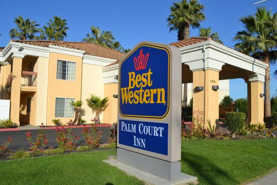 ‪BEST WESTERN Palm Court Inn‬