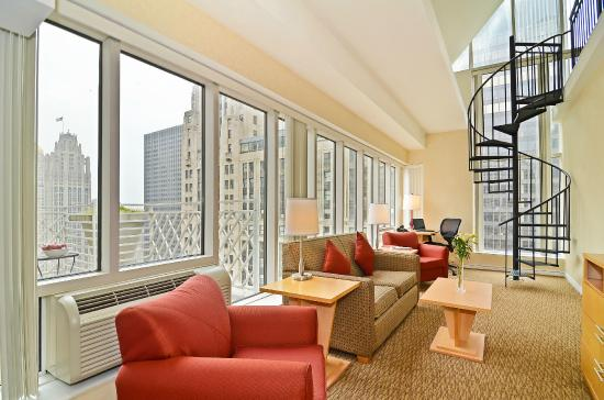 Photo of Comfort Suites Michigan Avenue Chicago