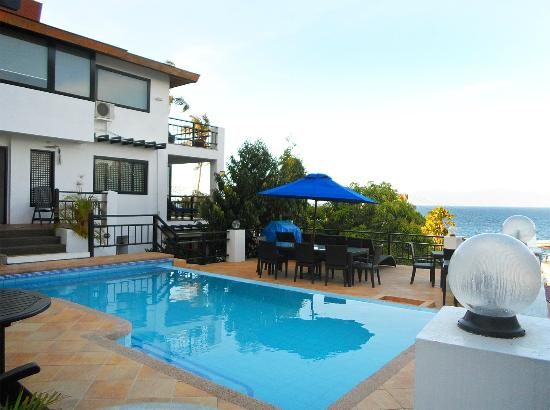 Photo of Out Of The Blue Resort Puerto Galera