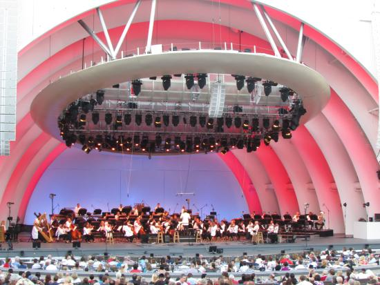 Los angeles philharmonic picture of the wine bar at for Terrace 5 hollywood bowl
