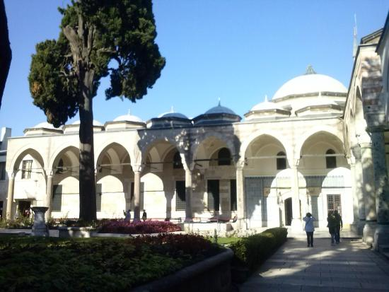 PALAZZO TOPKAPI - Picture of Historic Areas of Istanbul ...