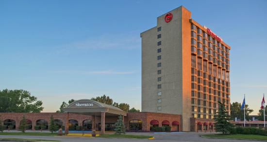 Sheraton Red Deer Hotel