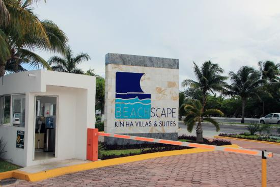 Entrada picture of beachscape kin ha villas suites for Villas kin ha
