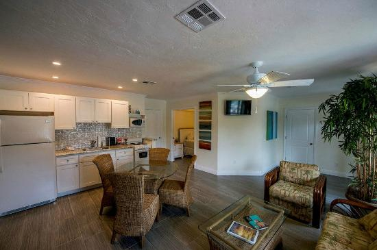 2 bedroom suite 2 bedroom suites in key west florida