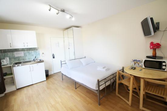 FlexiStay Aparthotel Tooting London