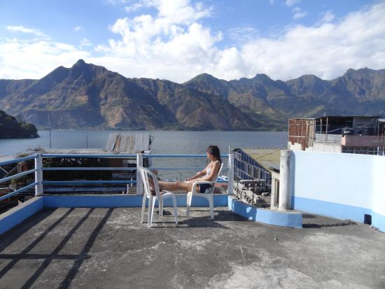 Photo of Hotel Mansion del Lago Solola