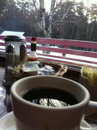 Cranmore Mountain Lodge Bed and Breakfast: view at breakfast