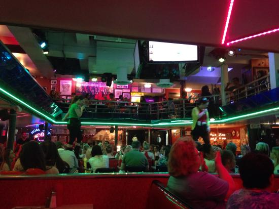Int rieur picture of ellen 39 s stardust diner new york for Interieur new york