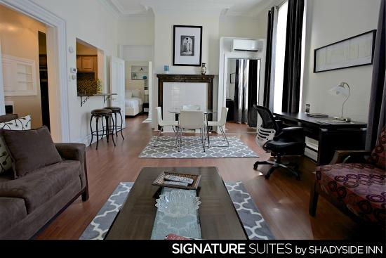 Front Desk Area Picture Of Shadyside Inn All Suites Hotel Pittsburgh Tripadvisor