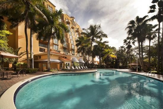 Embassy Suites by Hilton Miami - International Airport Hotel